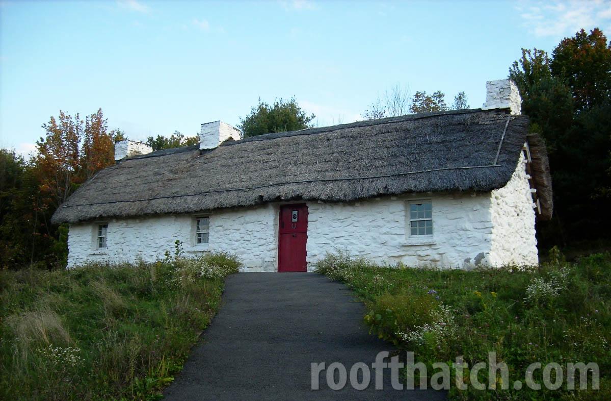 Irish Thatch Cottage (NY)