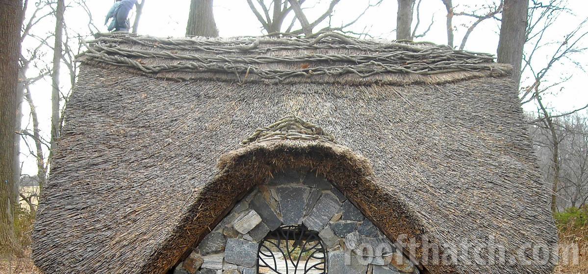 Thatched Faerie Cottage Ridge Detail