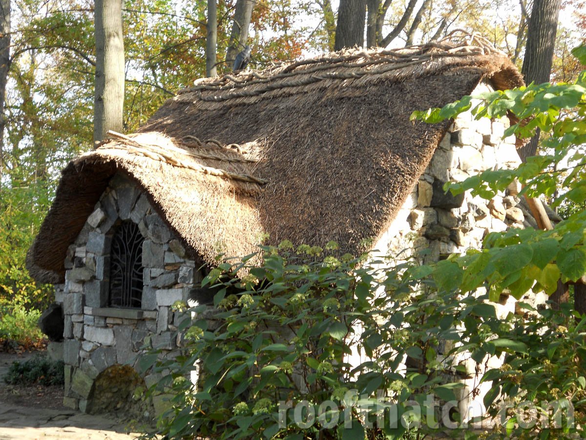 Thatched Faerie Cottage